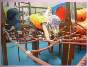 3.2f Children take increasing responsibility for their own health and physical wellbeing. This is evident when children demonstrate spatial awareness and orient themselves, moving around and through their environments confidently and safely.